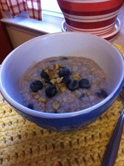 blueberry walnut oats