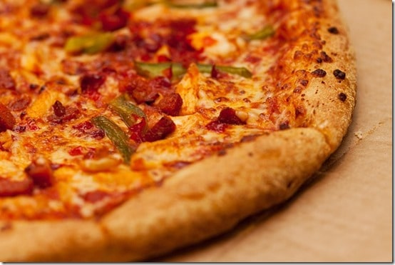 how to eat healthy at pizza hut