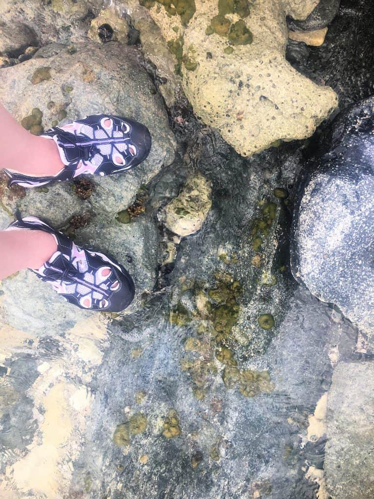 Knock off keens on rocks