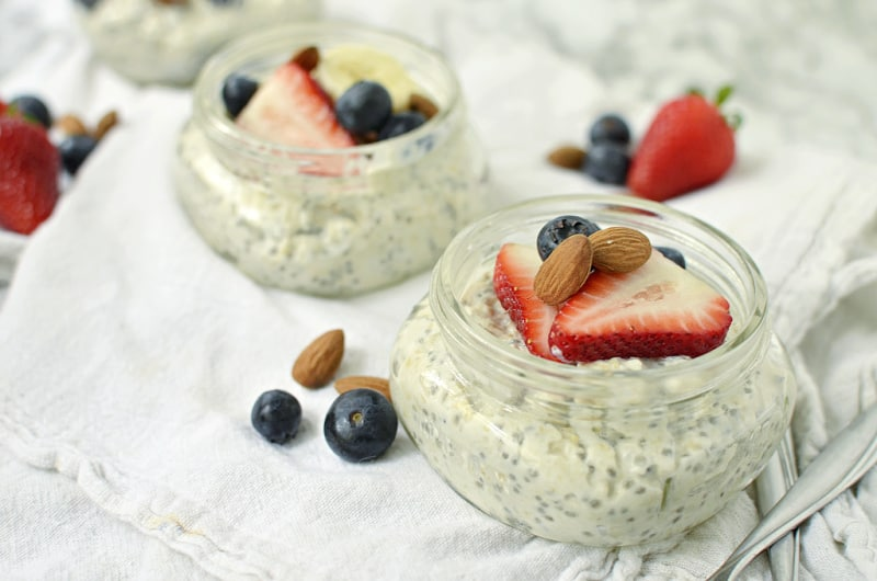 healthy oatmeal for breakfast in mason jars