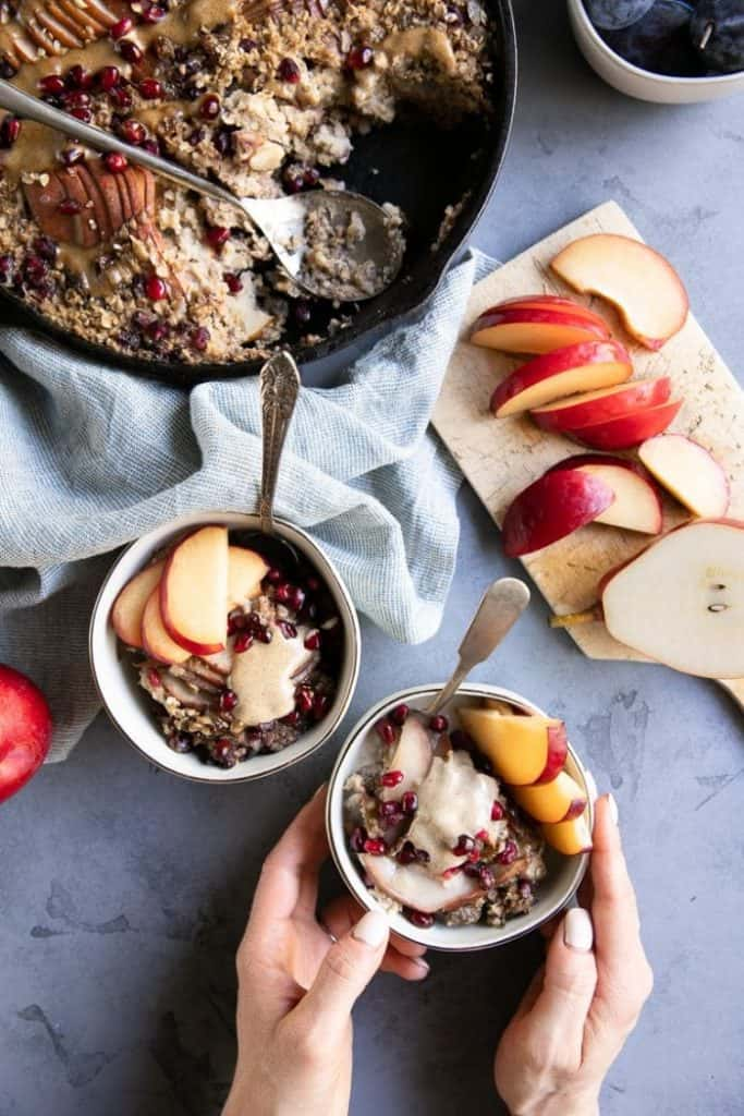 Baked oatmeal with walnut milk and fruit