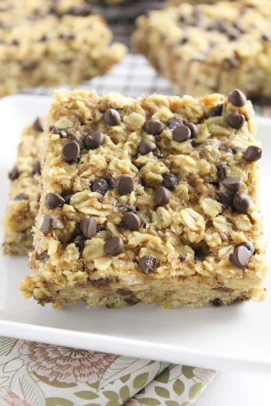 chocolate chip baked oatmeal squares